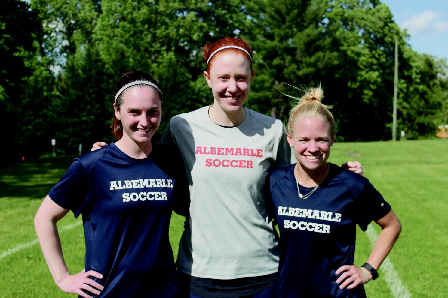 Katie Devlin Carpenter '12, Anne Whitmore '08 and Amy Sherrill '08