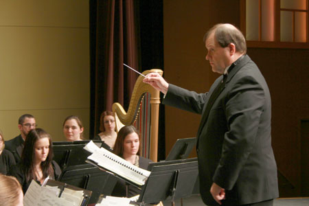 Dr. Gordon Ring conducting the Longwood Wind Symphony