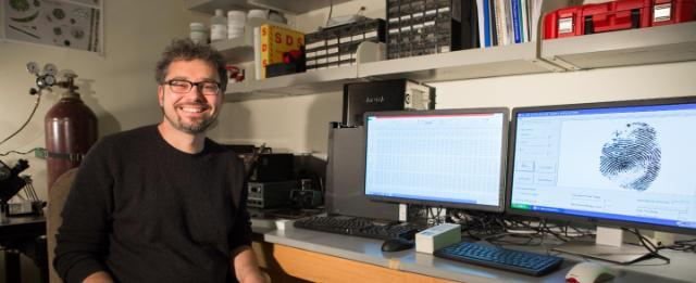 Dr. Björn Ludwar's work with asymmetry of finger prints holds promise of predicting diabetes risk