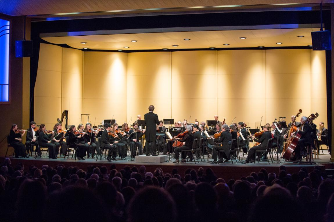 The Richmond Sympony Orchestra, led by conductor Steven Smith, will return to Longwood for a concert in April.