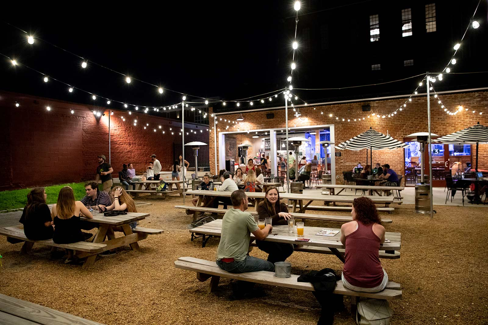 There are several live music and entertainment venues located just a few blocks from campus. Three Roads Brewing Company is one local hangout for students and the Farmville community. Cornhole or trivia, anyone?